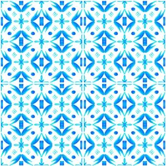 Modèle sans couture aquarelle azulejo. carreaux de céramique traditionnels portugais. abstrait dessiné à la main. oeuvre d'art à l'aquarelle pour le textile, le papier peint, l'impression, la conception de maillots de bain. motif azulejo bleu.
