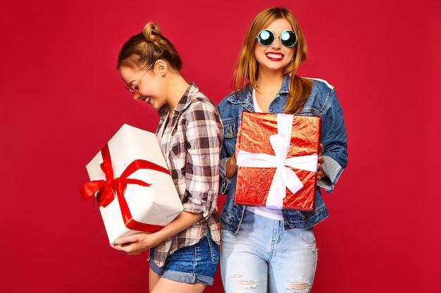 Modèles avec de grands coffrets cadeaux