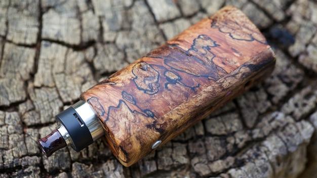 Mods de boîte en bois stabilisé naturel haut de gamme avec atomiseur dégoulinant reconstructible, dispositif de vapotage, mise au point sélective