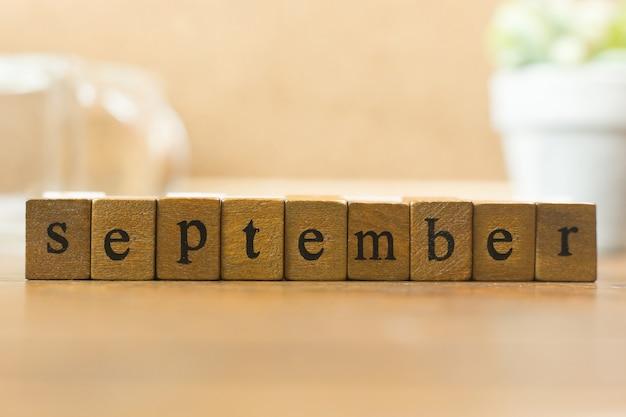 Le mois du timbre de bois bouchent l'image pour le fond.