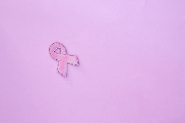 Mois de sensibilisation au cancer du sein, ruban rose