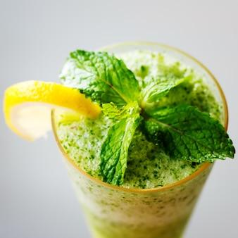 Mojito cocktail se bouchent
