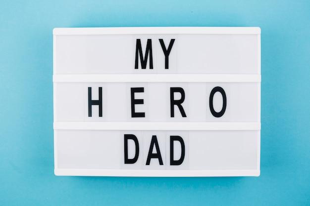 Mon titre de papa héros sur tablette