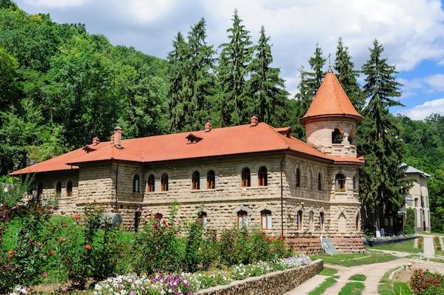 Monastère des femmes de rudi (couvent) en moldavie