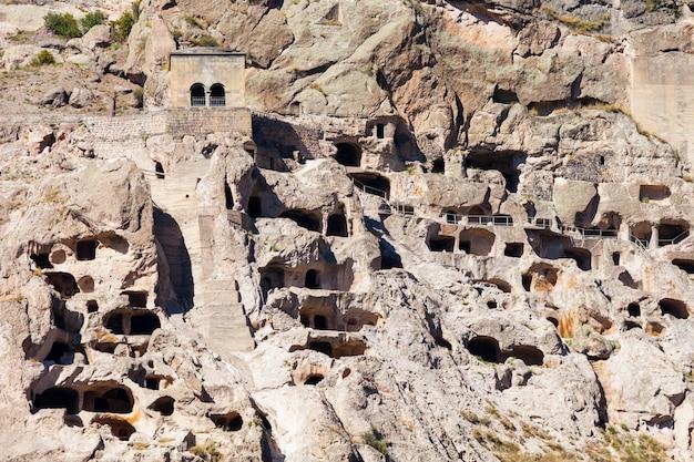 Monastère de la grotte de vardzia
