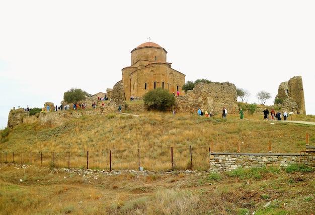 Monastère de jvari, le monastère orthodoxe géorgien du sixième siècle à mtskheta en géorgie