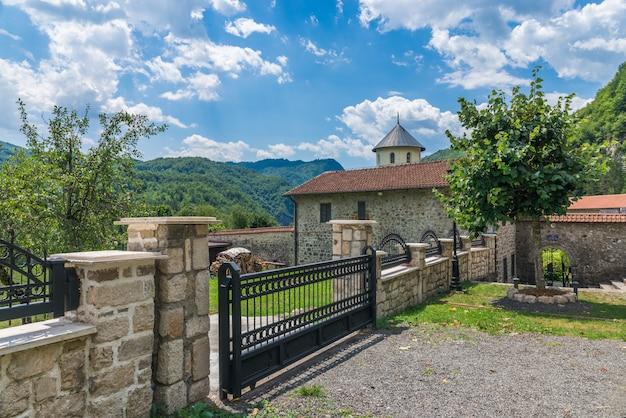 Monastère de la moraca au monténégro