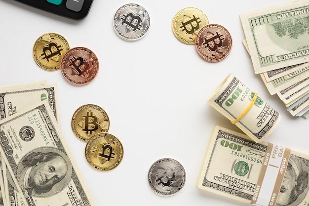 Monnaie sur le bureau