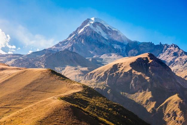 Mont kazbek, géorgie