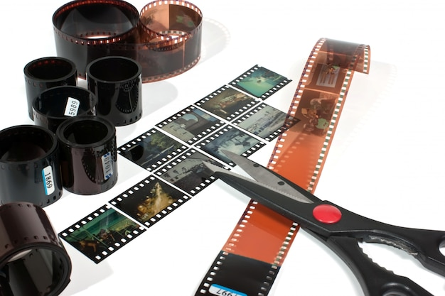 Montage vidéo de films négatifs et positifs isolés