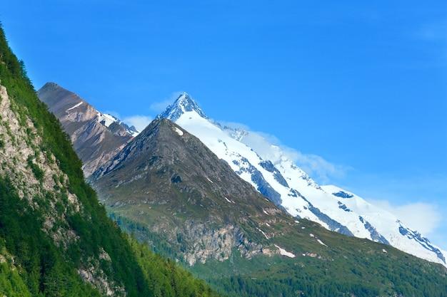 Montagne des alpes d'été tranquille, vue depuis la haute route alpine du grossglockner, autriche