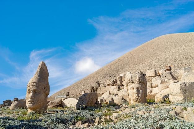 Montagne nemrut, adiyaman - turquie