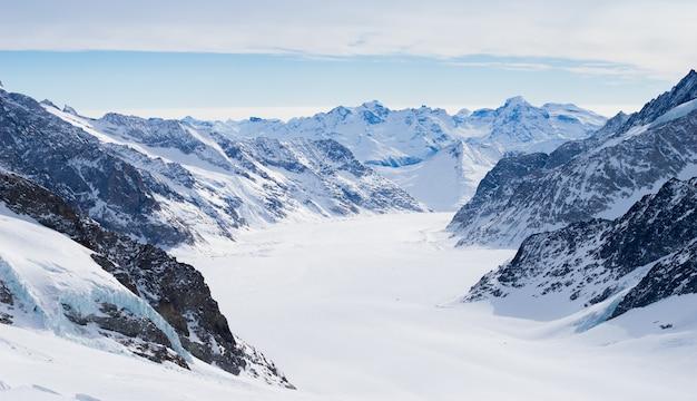 Montagne suisse, jungfrau, suisse, station de ski