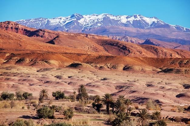 Montagnes de l'atlas au maroc