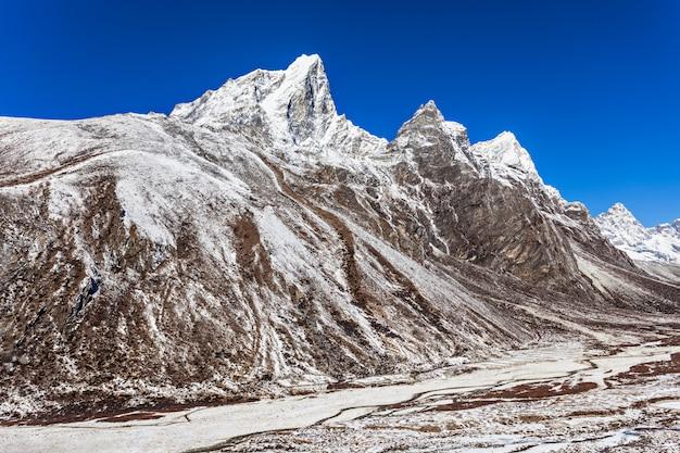 Montagnes, région de l'everest