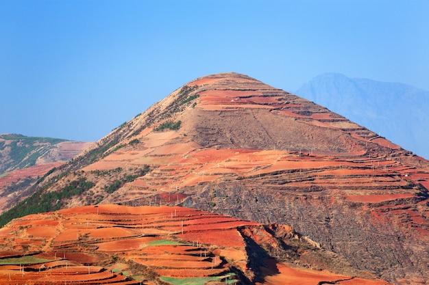 Montagnes rouges shan, yunnan, porcelaine