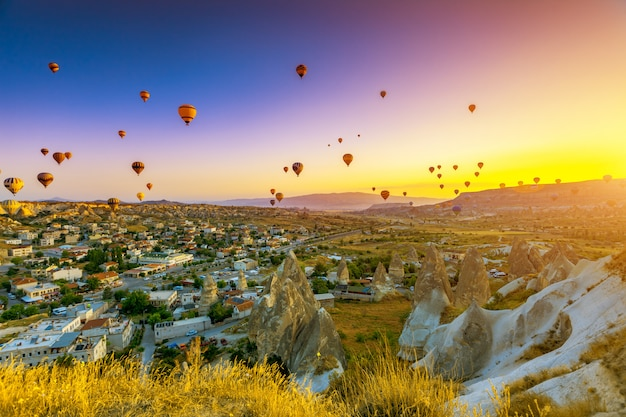 Montgolfières sur la cappadoce