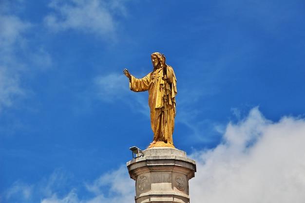 Le monument dans la ville de fatima, portugal