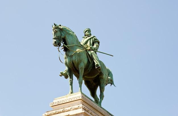 Monument garibaldi, milan