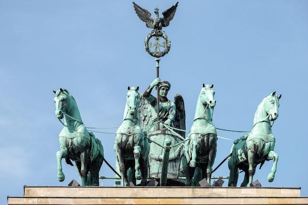 Le monument de la porte de brandebourg à berlin
