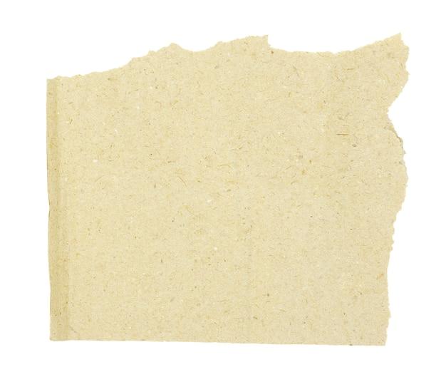 Morceau de carton brun sur blanc