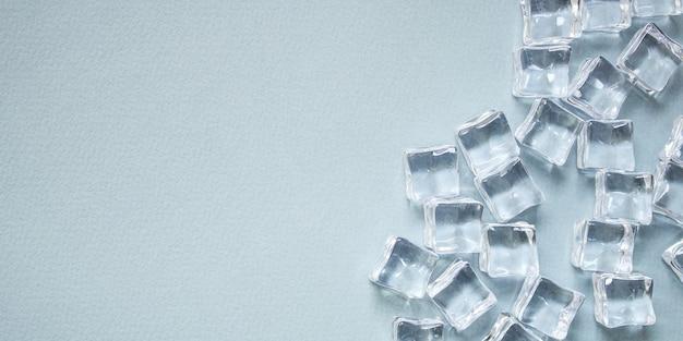 Morceaux de glace artificielle en acrylique transparent pas vraiment froids