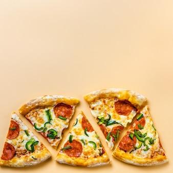 Morceaux de pizza