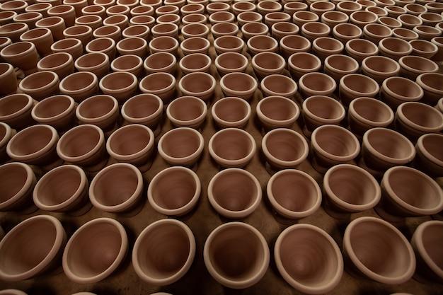Mortiers d'argile pour la cuisine thaïlandaise