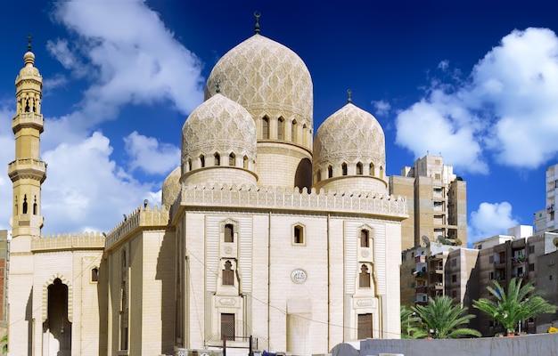 Mosquée d'abu el abbas masjid, alexandrie, egypte. panorama