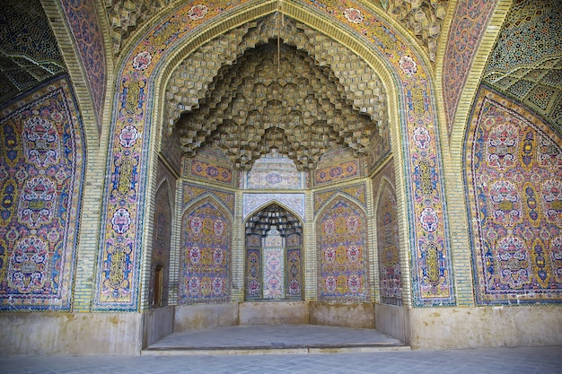 Mosquée nasir-ol-molk à shiraz iran