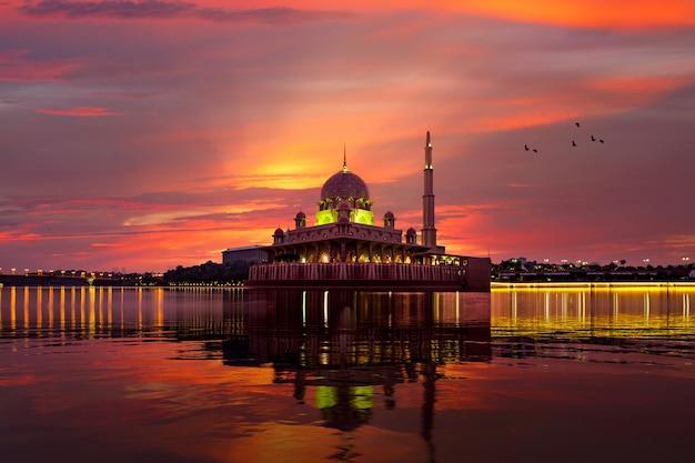 Mosquée putra