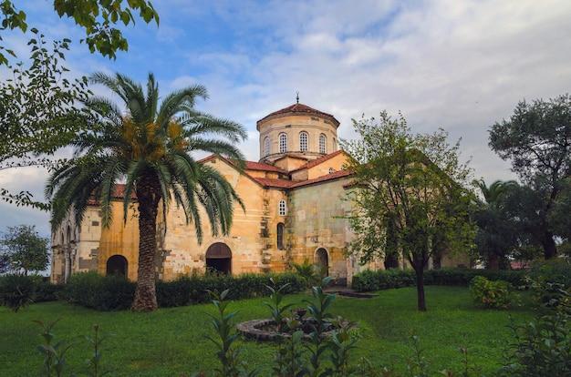 Mosquée sainte-sophie cathédrale arménienne ayasofya à trabzon