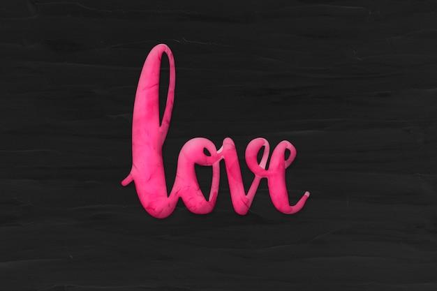 Mot d'amour dans le style d'argile de pâte à modeler