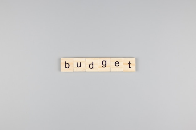 Mot de budget, sur fond gris