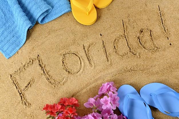 Le mot floride écrit en sable
