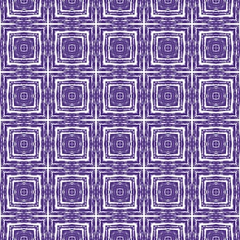 Motif géométrique sans soudure. fond de kaléidoscope symétrique violet. impression attrayante prête pour le textile, tissu de maillot de bain, papier peint, emballage. conception sans couture géométrique dessinée à la main.