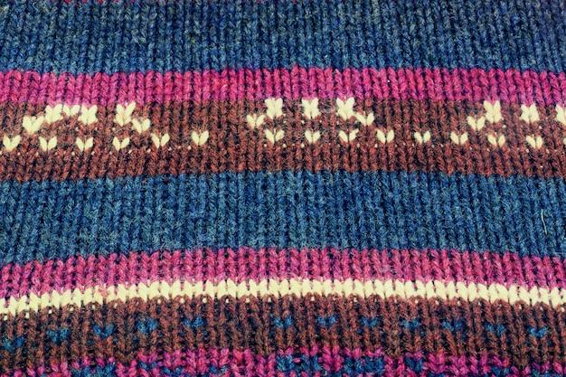 Motif d'ornement lilas de fond tricoté de noël