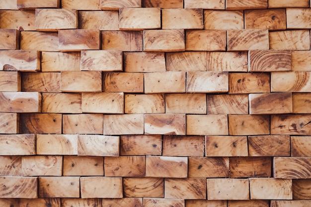 Motif de pièces de bois brut avec de belles lignes marron foncé naturelles et une marque vieillie