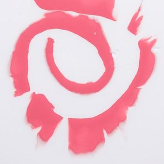 Motif de tourbillon de couleur de l'eau répandue sur fond blanc