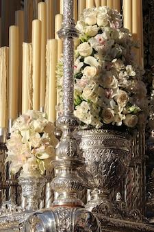 Motif de trône floral à malaga