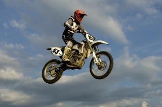 Motocross, casse-cou