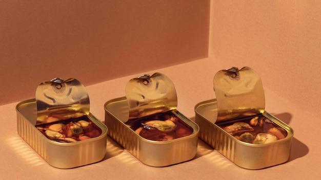 Moules conservées à angle élevé dans des boîtes