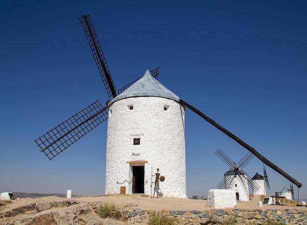 Les moulins consuegra sont un groupe de moulins