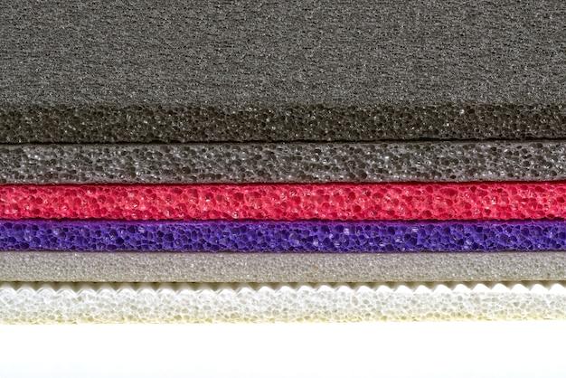 Mousse polyéthylène multi couleur et type matériau antichoc fermé vers le haut