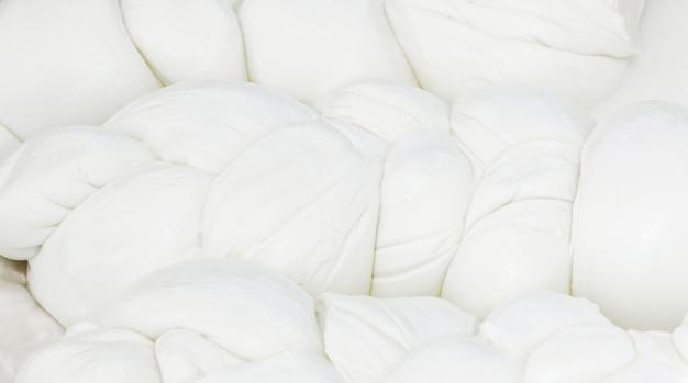 Mozzarella di bufala, produit laitier typique de la région de campanie, dans le sud de l'italie.