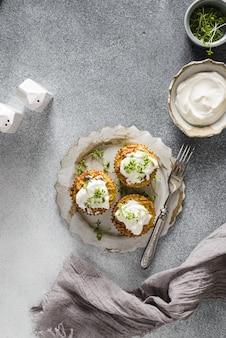 Muffins de courgettes au pesto