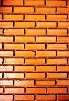 Mur de briques orange brûlé