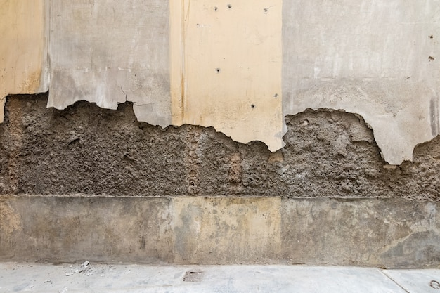 Mur brisé et non peint