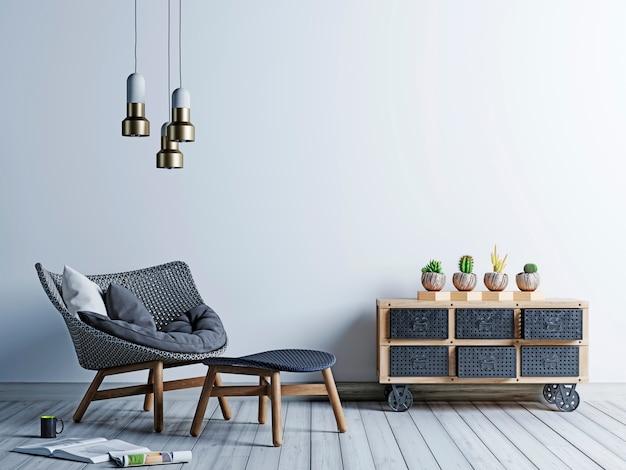 Mur de fond blanc dans un salon de style hipster avec fauteuil et coffre vintage de cactus.