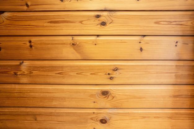 Mur de planches de bois marron